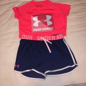 Girls Under Armour Set Size shirt M shorts L